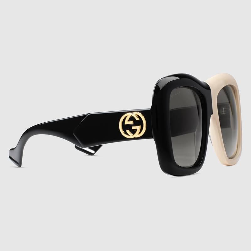 new styles 6e45e ffc49 Occhiali da sole quadrati Gucci oversize bicolor GG0498S